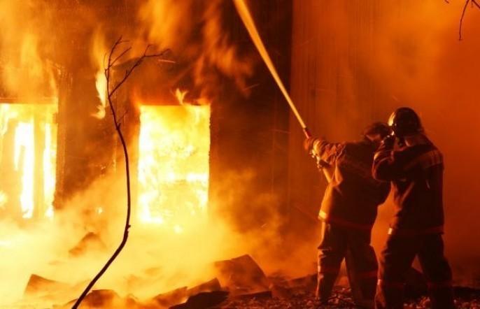 Под Киевом мощный пожар