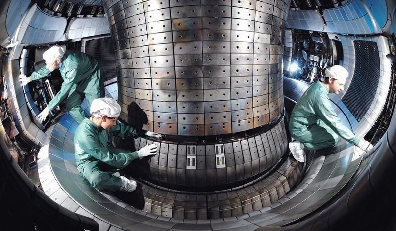 реакция мощнее термоядерного синтеза