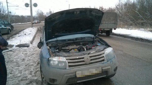 столкнулись Renault и Skoda: есть погибший